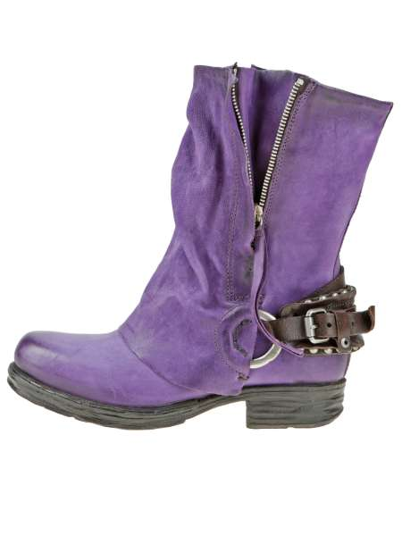 Cuffed boots bestseller toxic