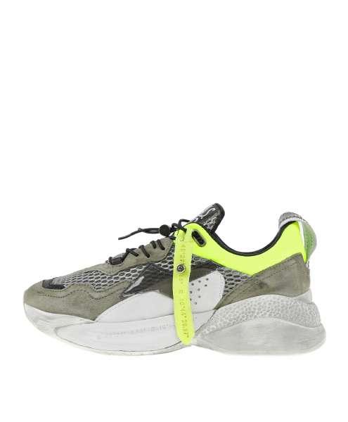 Women sneaker 738101