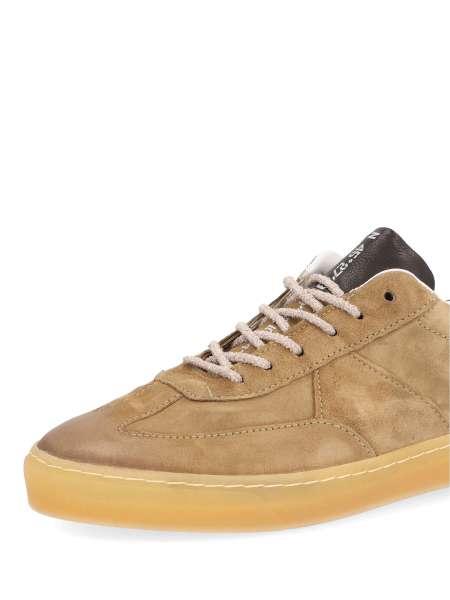 Sneaker africa