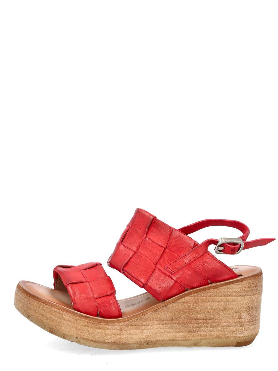 Wedge sandals blood