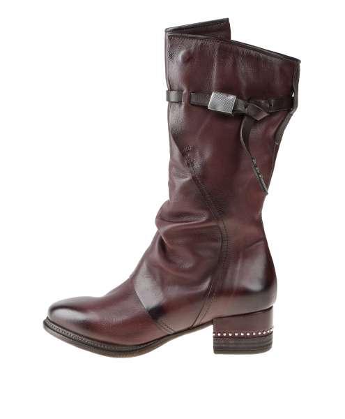 Women boot 202302