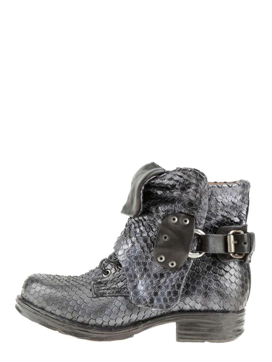Cuffed boots nero snake