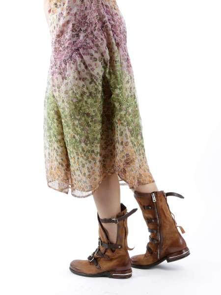 Asymmetrischer Stiefel calvados