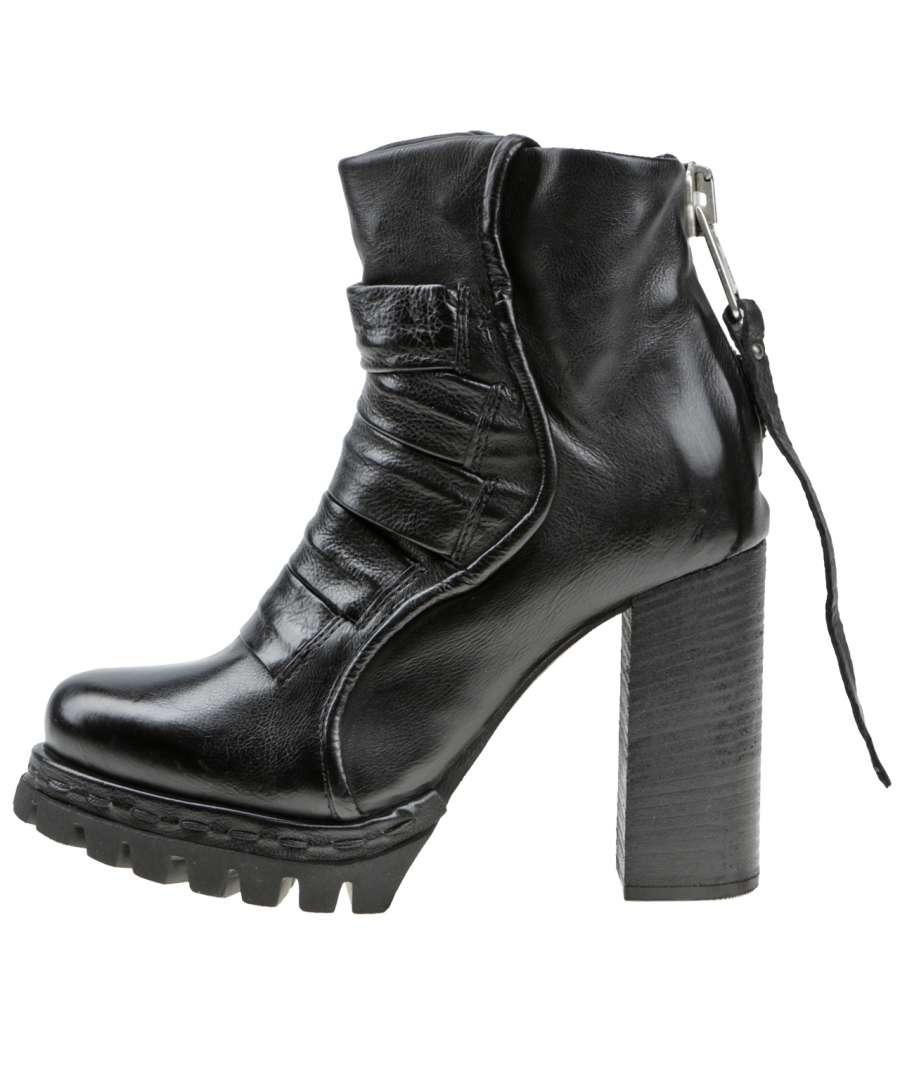 Platform boots nero