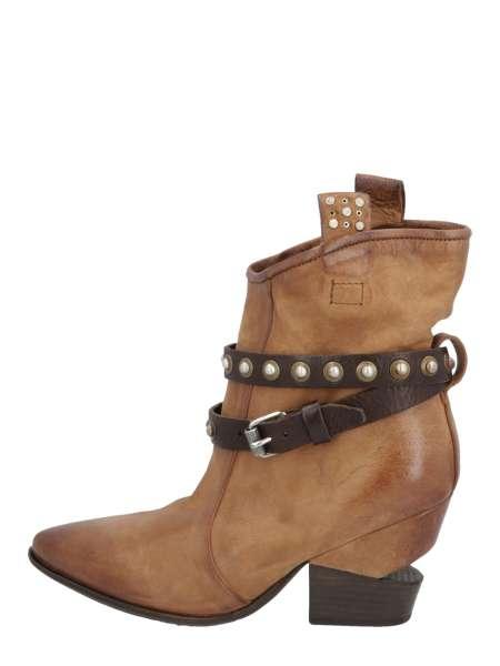 Cowgirl boots calvados