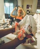Women sneakers A12101