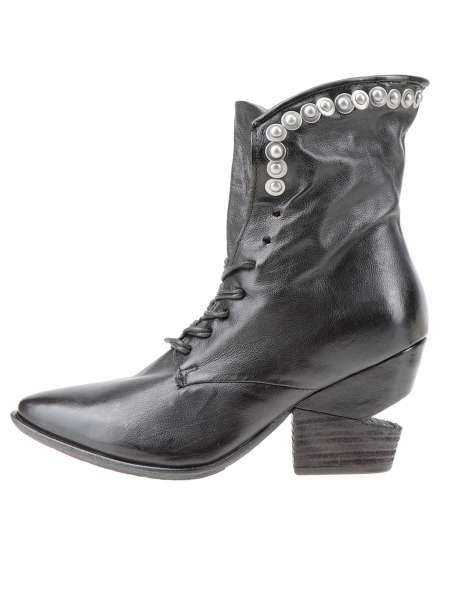 Laced boot nero