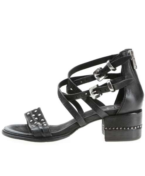 Studded sandals nero