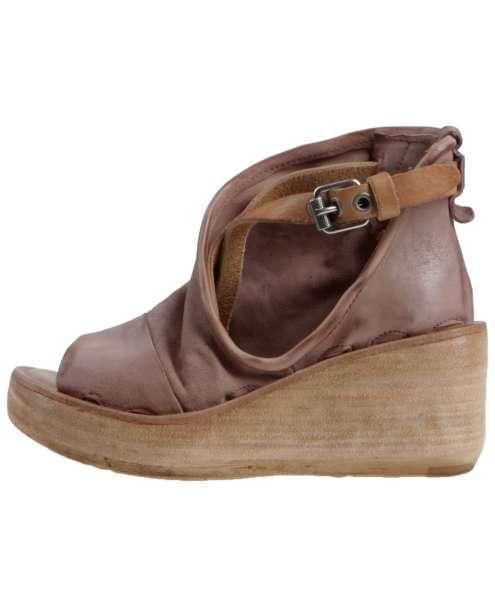 Wedge sandals grunge