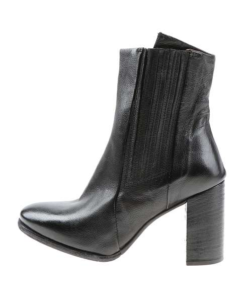 Women ankle boot 583204