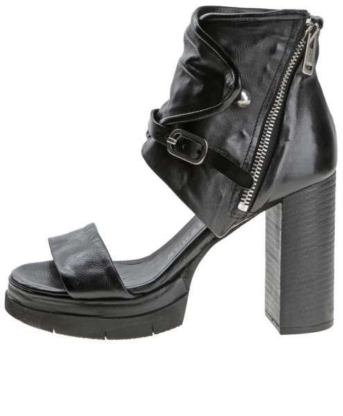 Ankle cuff sandals nero