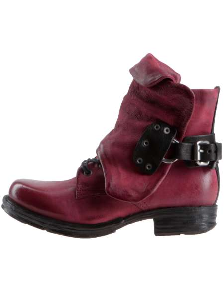 Cuffed boots cardinal