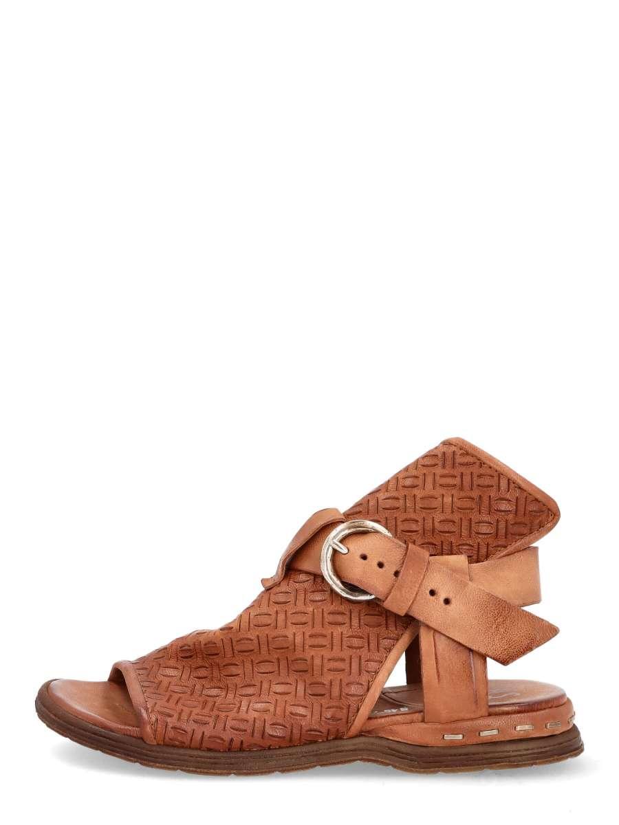 Buckle sandals calvados