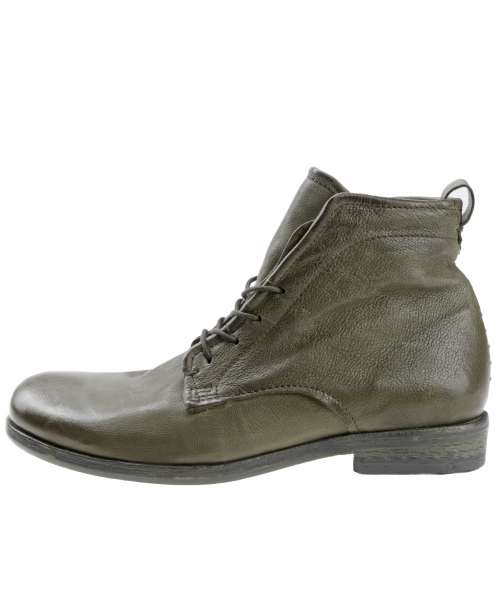 Laced boots tabacco