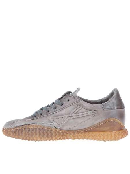 Runner Sneaker smoke