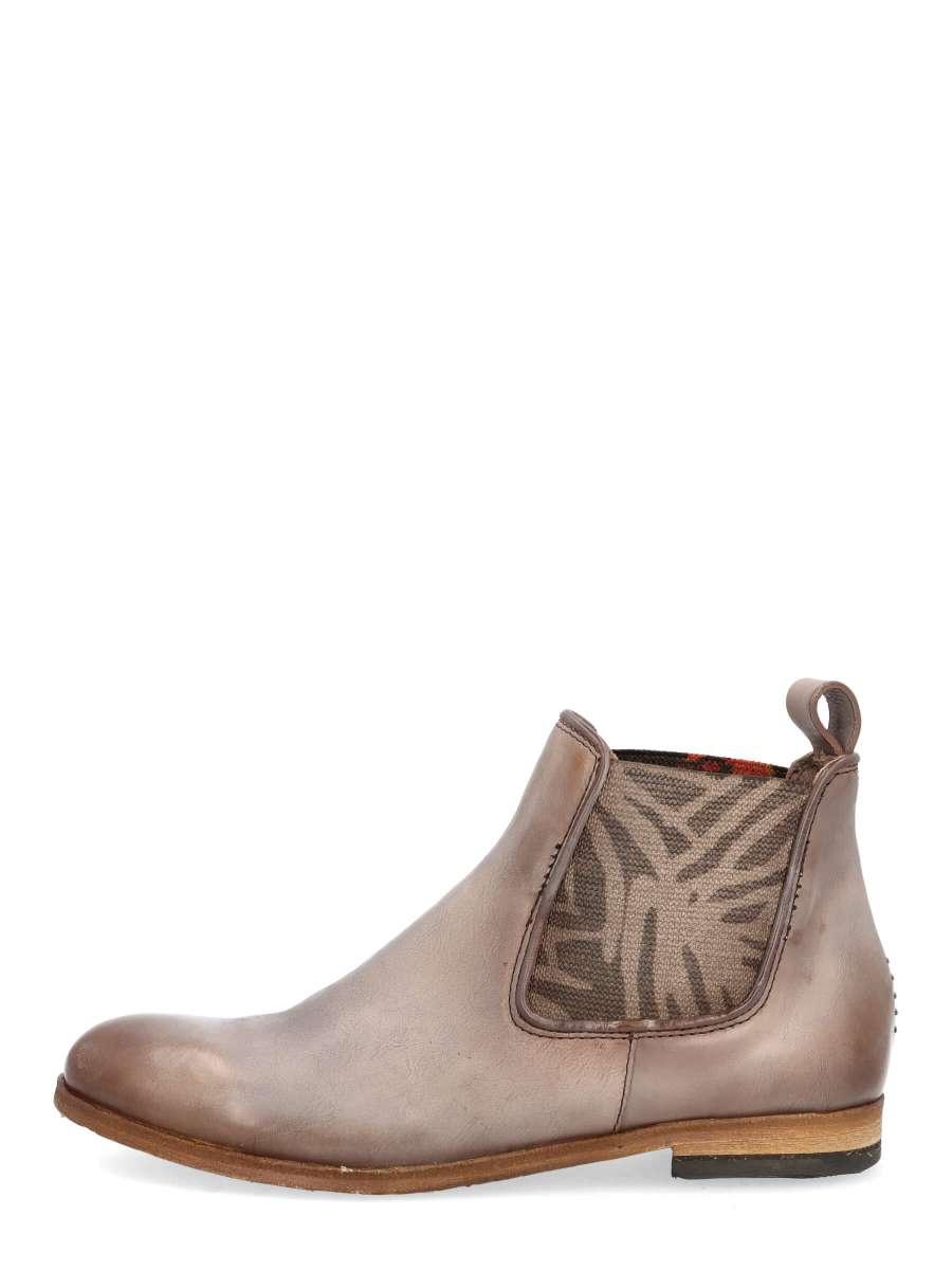 Chelsea boots jaguar