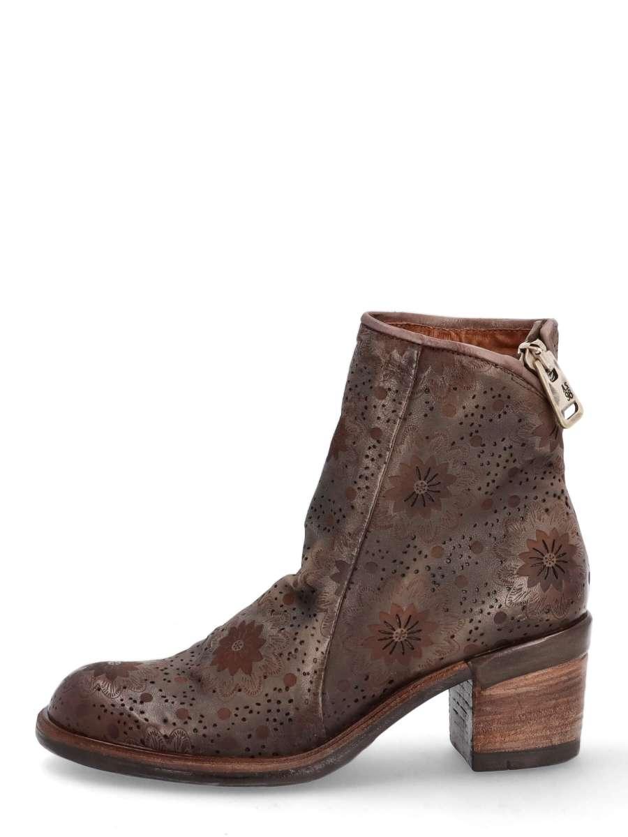 Boots cenere