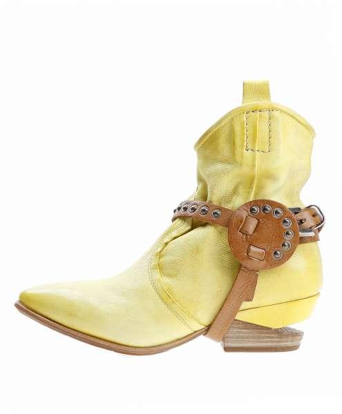 Women boot 160201