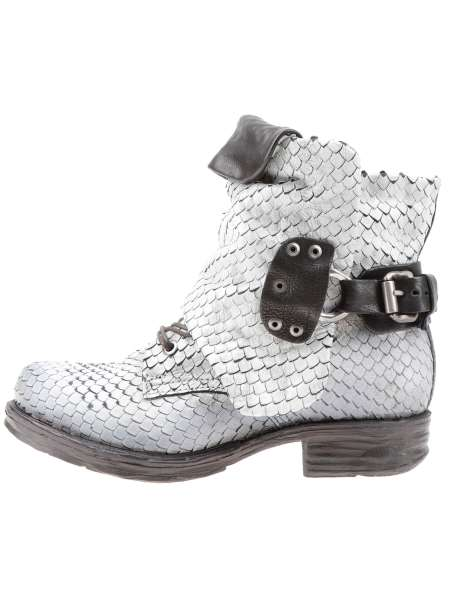 Cuffed boots osso snake