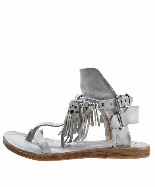 Fringe sandals nube