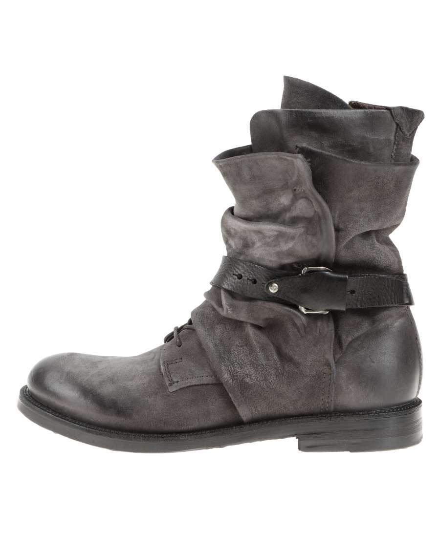 Cuffed boots grey