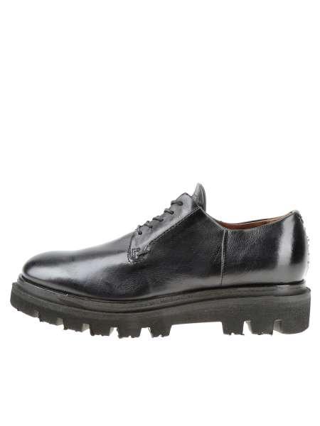 Low shoes tornado