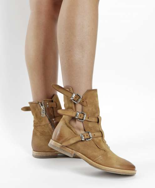 Cut-out Stiefelette tiger