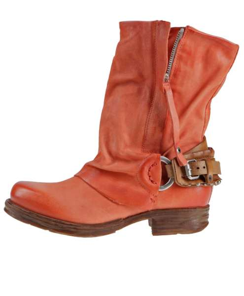 Cuffed boots bestseller corallo