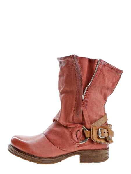 Cuffed boots bestseller ginger