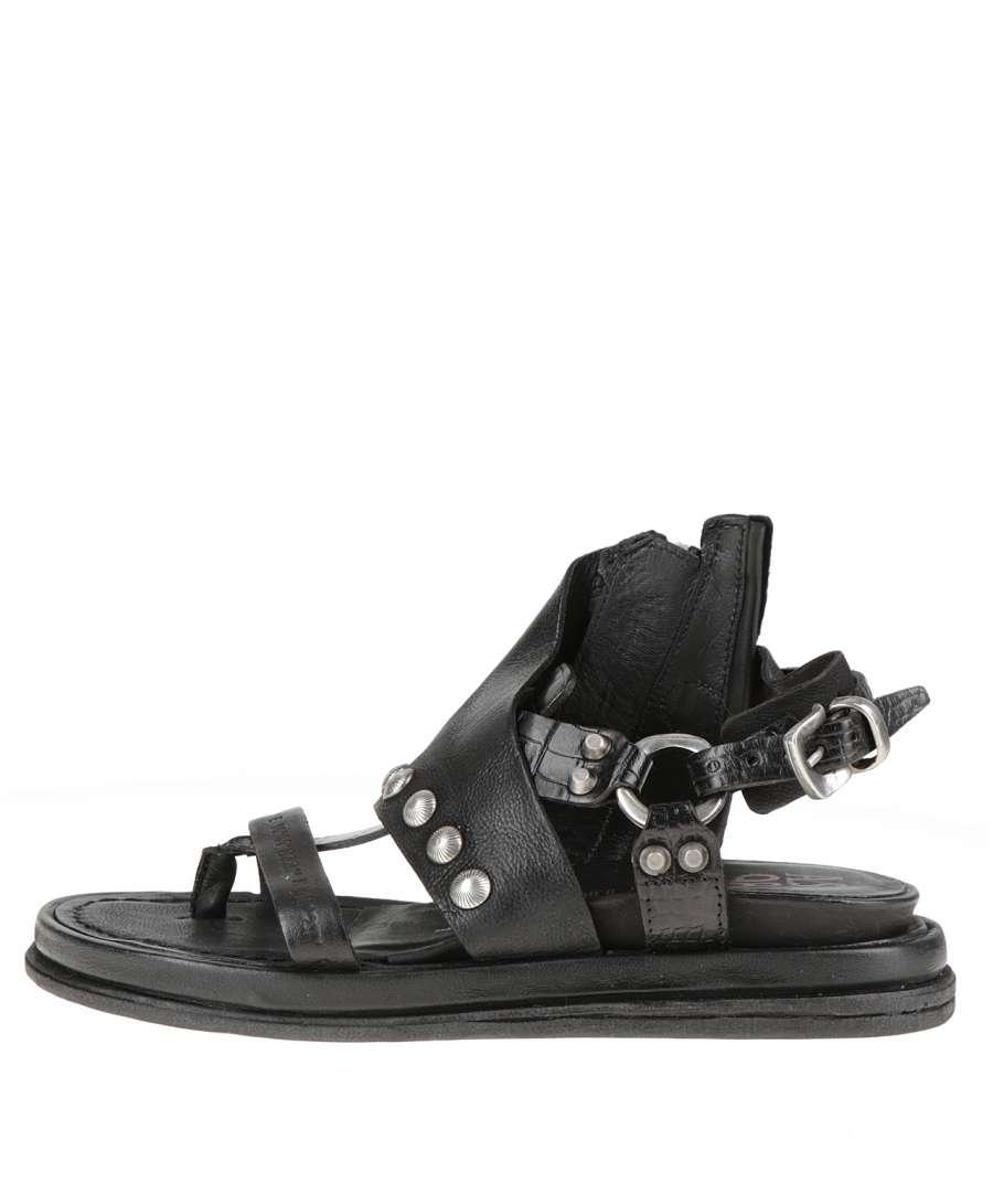 Studded sandals nero