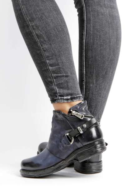 Ankle Boots tornado