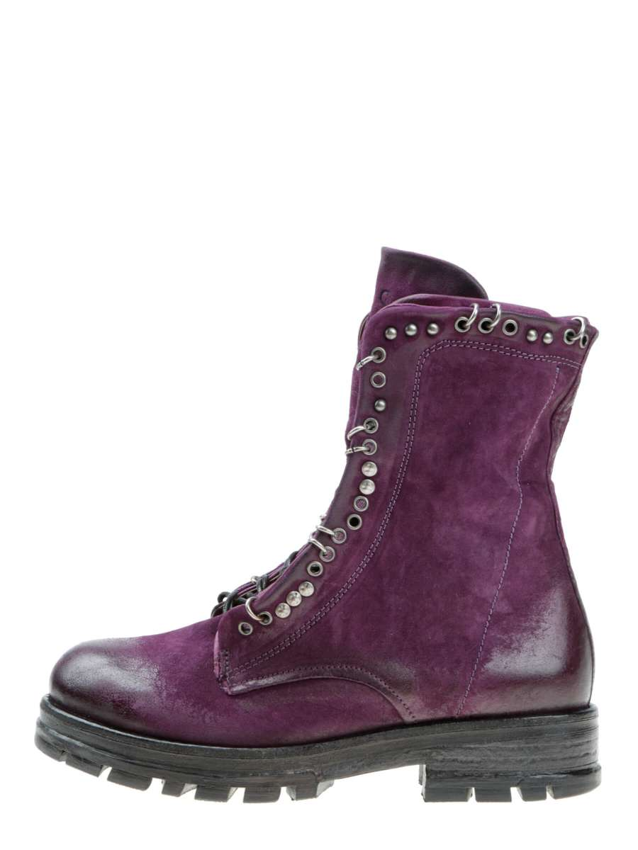 Studded boots poison