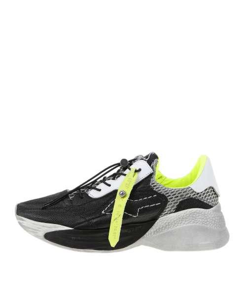 Women Sneaker 738102