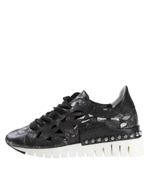 Women sneaker 647102