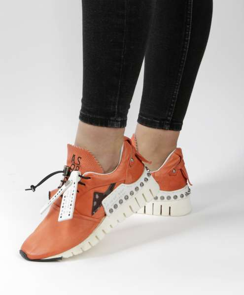 Runner Sneaker coral